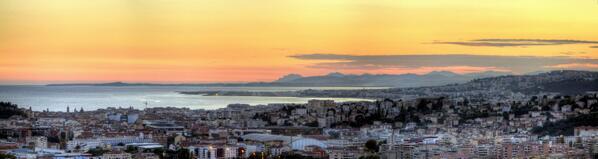 Nice plus belle ville du monde lever de soleil sur for Piscine du soleil nice